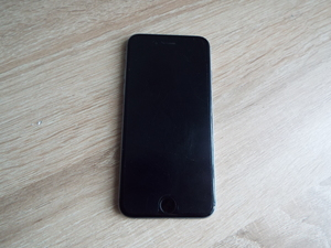 Продам IPhone 6 32 GB / MQ3D2 (серый космос)